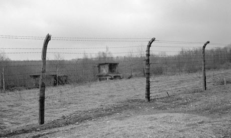 Perimeter-Fence-at-Buchen-003